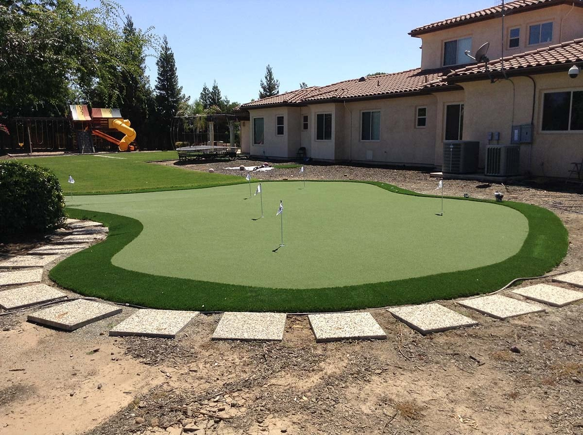 diy putting green